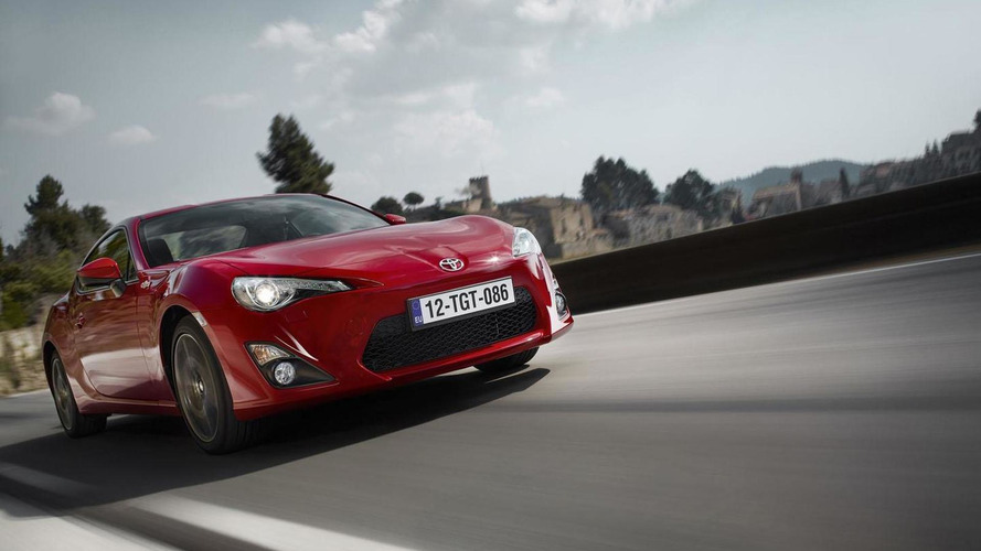 2015 Toyota GT 86 unveiled with minor changes