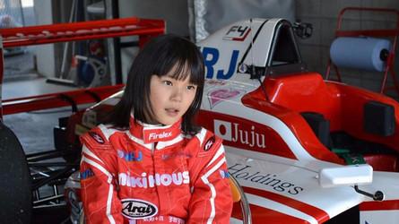 Un record du tour en Formule 4 pour une fillette de 11 ans!