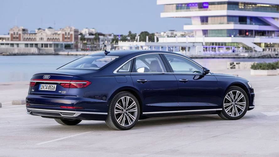 Audi A8'in teknoloji dolu iç mekânına bir bakış daha