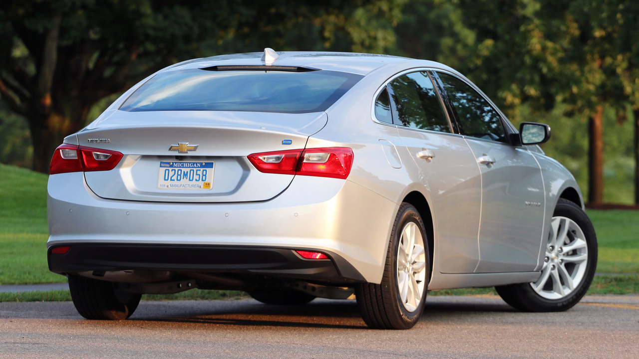 2016 Chevy Malibu Hybrid: Review