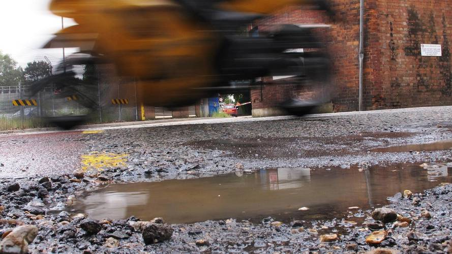 Councils call for more funding as roads continue to worsen