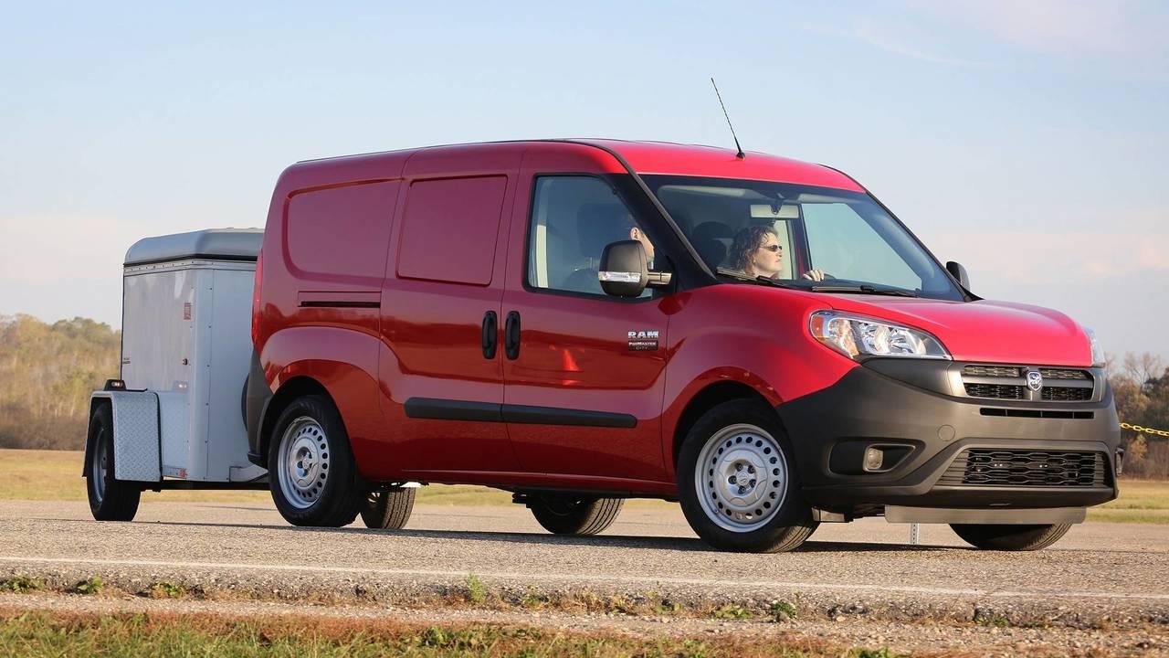 Fiat Doblo'nun ikizi Kuzey Amerika'yı fethediyor