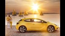 Opel lança as versões de alto desempenho Astra GTC e Corsa OPC no Chile