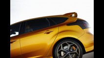 Ford Focus RS confirmado: Nova geração do esportivo terá motor 2.0 Ecoboost com 360 cv