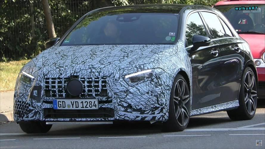 La Mercedes-AMG A 45 joue encore à cache-cache