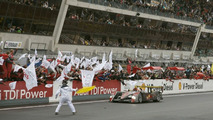 Finish of the victorious Audi R10 TDI
