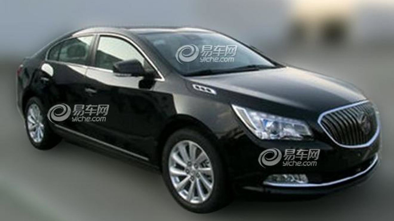 2014 Buick LaCrosse spy photo 31.12.2012