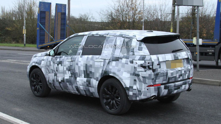 2015 Land Rover Freelander spied wearing a production body