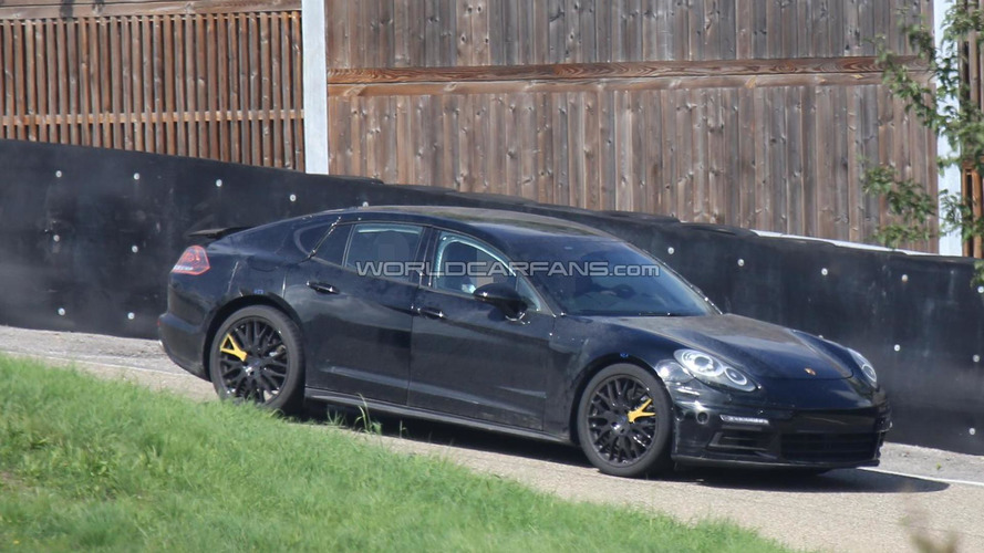 Second generation Porsche Panamera prototype spied once again
