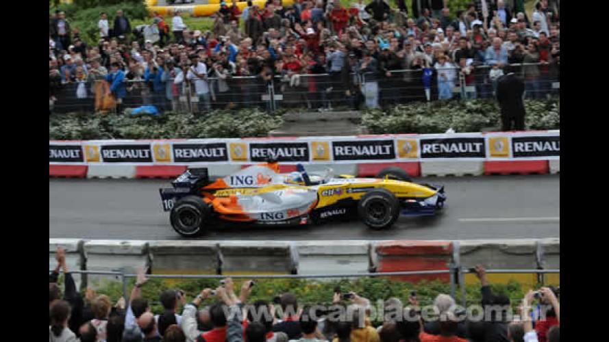 Nelson Piquet pilotará carro oficial de Fórmula 1 em avenida de São Paulo