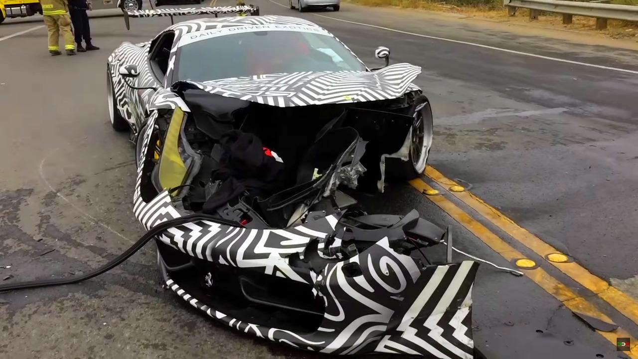 Ferrari 458 crash