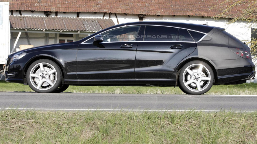 Mercedes CLS Shooting Brake spied again