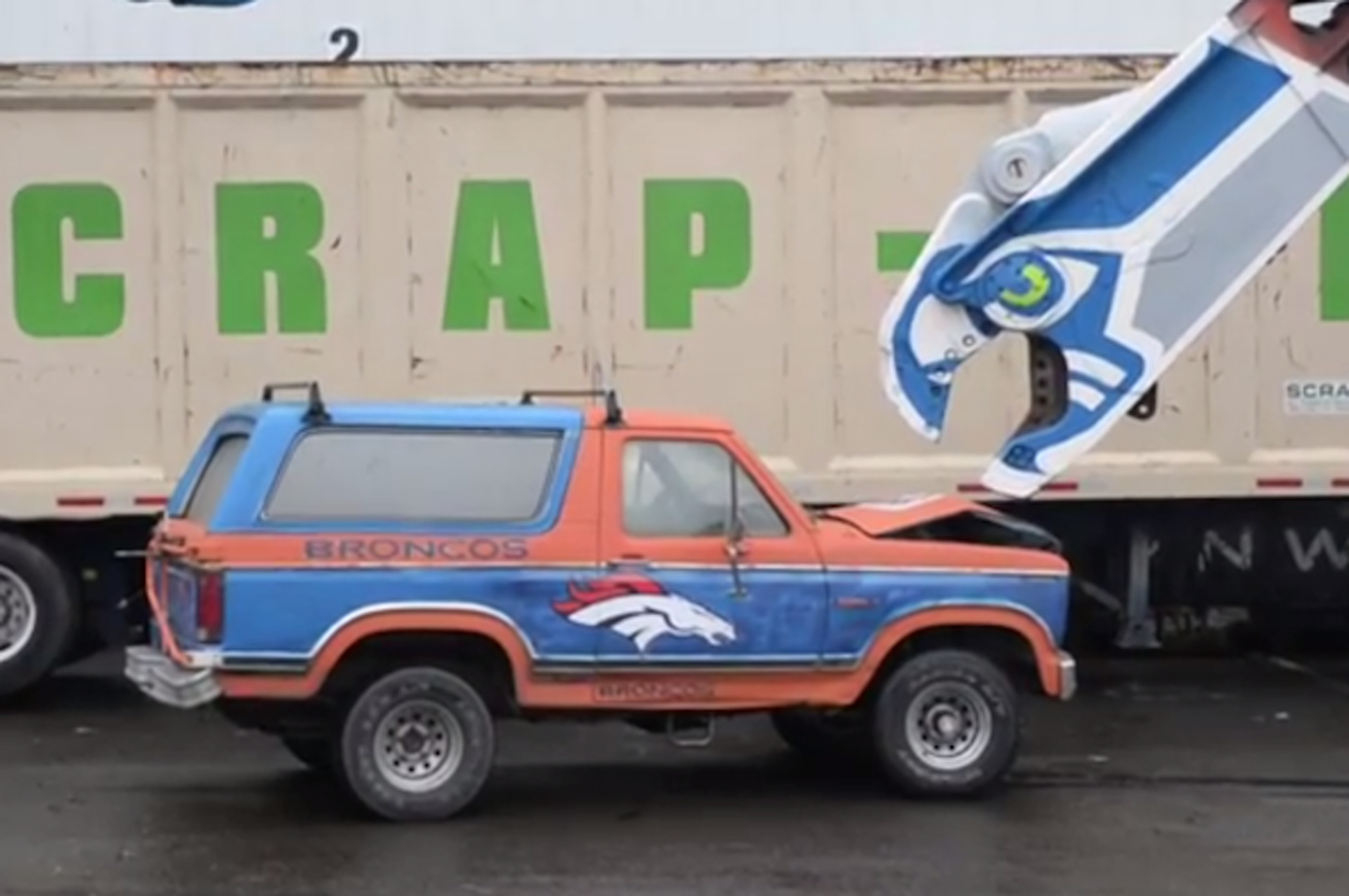 Seahawks Fans Crush a Denver Bronco-Inspired Ford Bronco [Video]