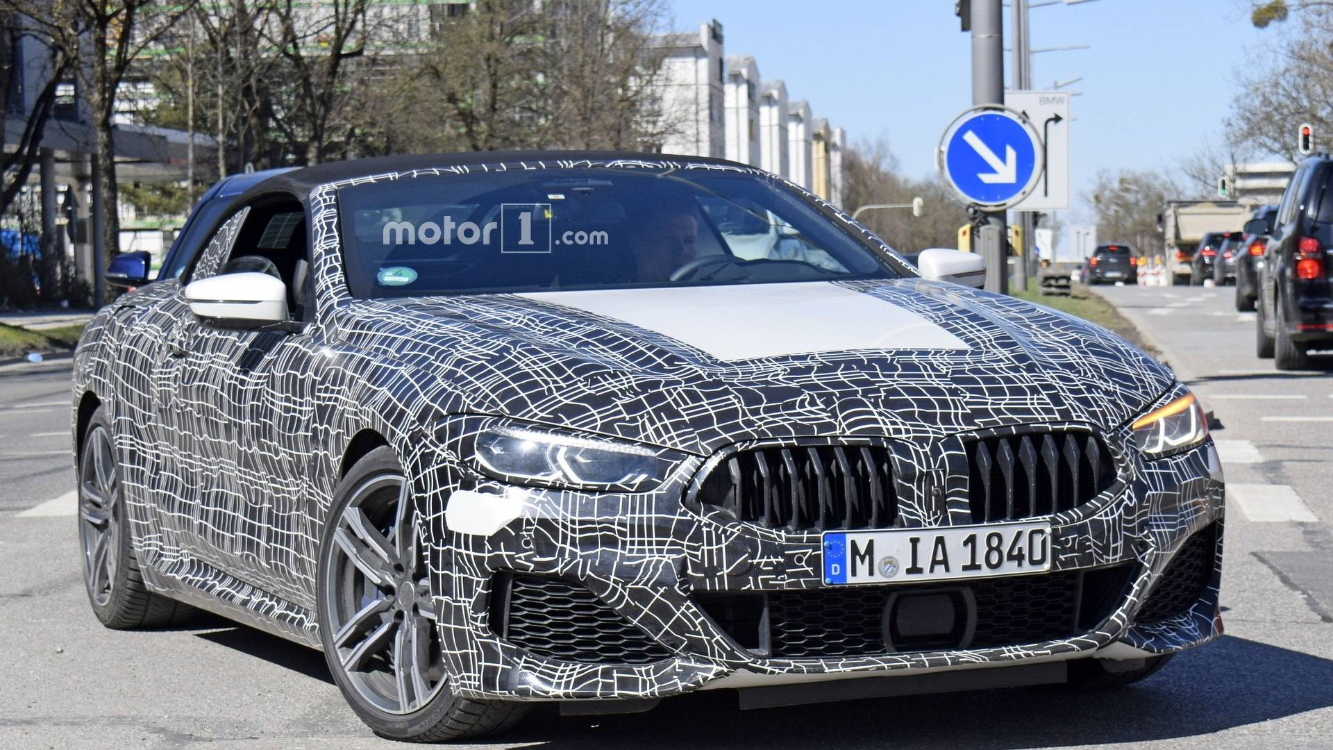 2019-bmw-8​-series-co​nvertible-​spy-photo