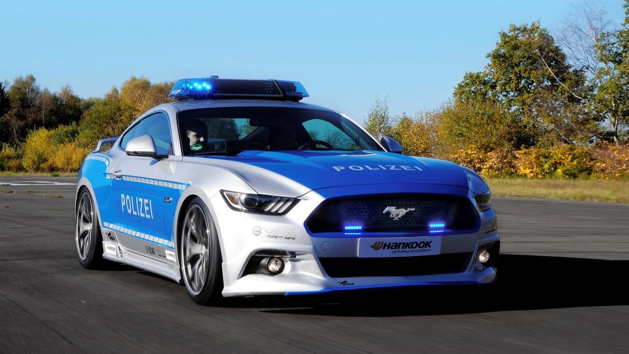 Hyundai Sonata Police Car >> German police are using this awesome tuned Mustang