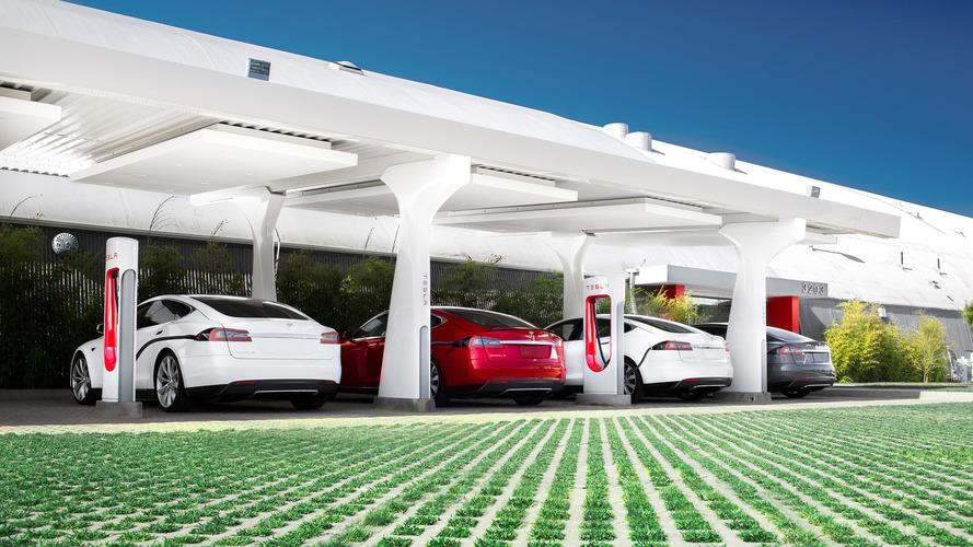 Birleşik Krallık elektrikli ve otonom araçlara 390 milyon £ bütçe ayıracak