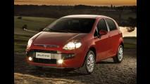 Hatches compactos: New Fiesta lidera; C3 e 208 registram empate técnico