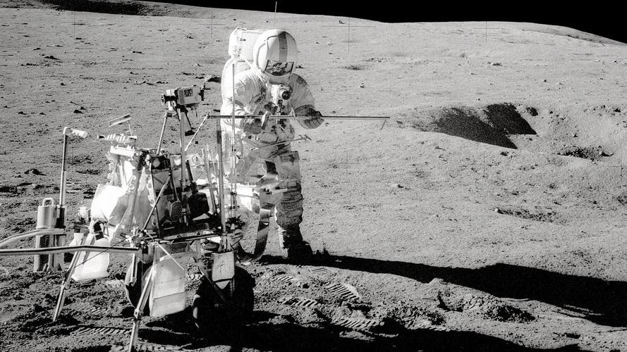 Celebrando 46 anos, missão Apollo 14 utilizou pneus Goodyear