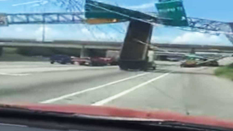 Clueless Dump Truck Driver Demolishes Overhead Road Signs
