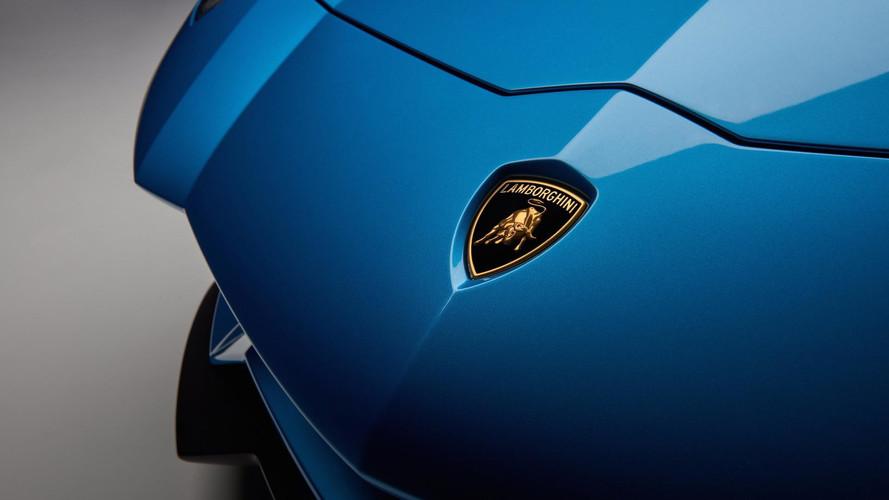 Lamborghini 'pasa' de la conducción autónoma