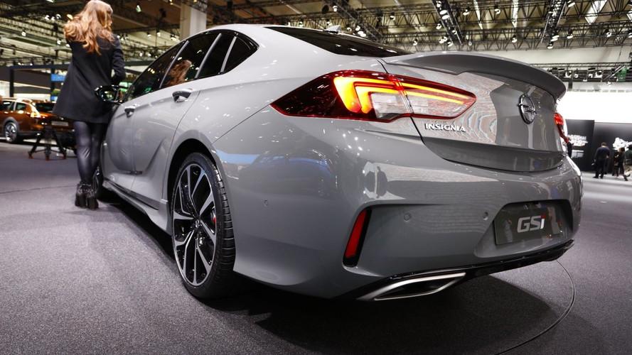 Vauxhall Insignia GSi Packs 256bhp