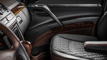 Mercedes Viano by Carlex Design