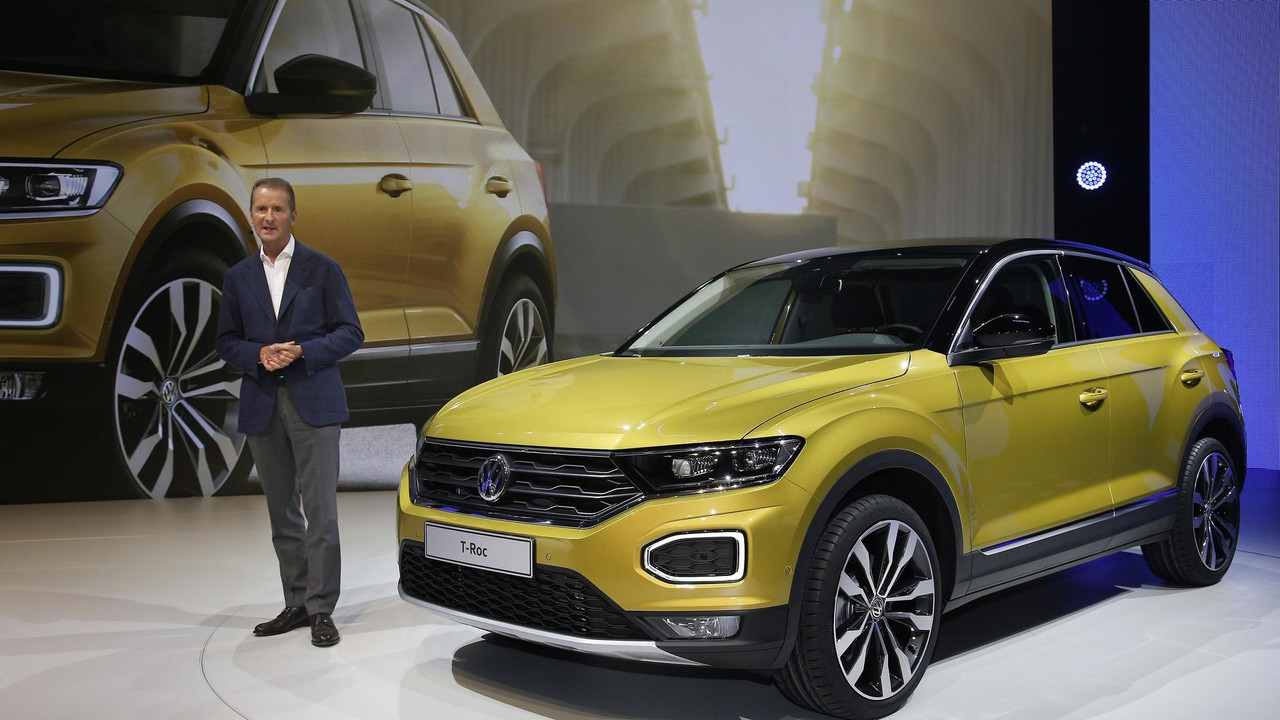 2017 vw t roc gets sporty in frankfurt with r line debut. Black Bedroom Furniture Sets. Home Design Ideas