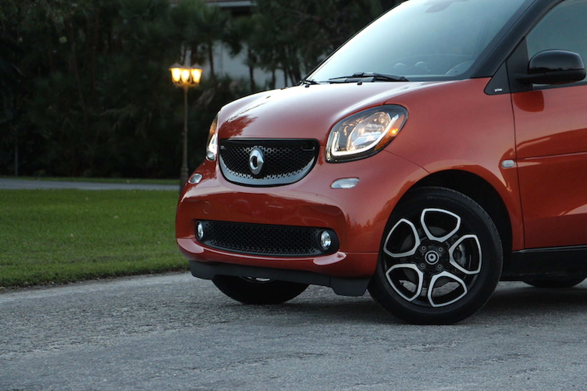400 Miles in a Smart Fortwo Will Test Your Patience and Your Reflexes: Review