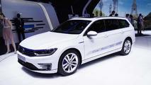 2015 Volkswagen Passat Variant GTE at 2014 Paris Motor Show