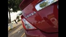 Nissan March e Versa 2017 ganham câmbio CVT e mais itens de série - veja preços