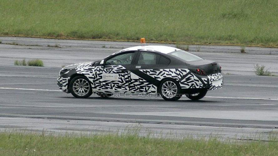 SPY PHOTOS: Even More Opel Vectra