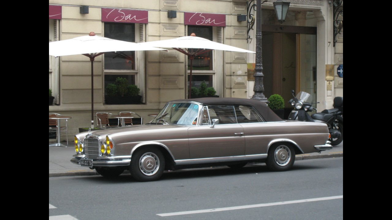 Mercedes-Benz 280 SE Cabriolet