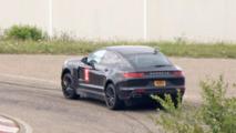 Possible Porsche Cayenne 'Coupe' test mule spy photo