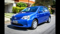 Contra baixas vendas, Toyota faz promoção com o Etios