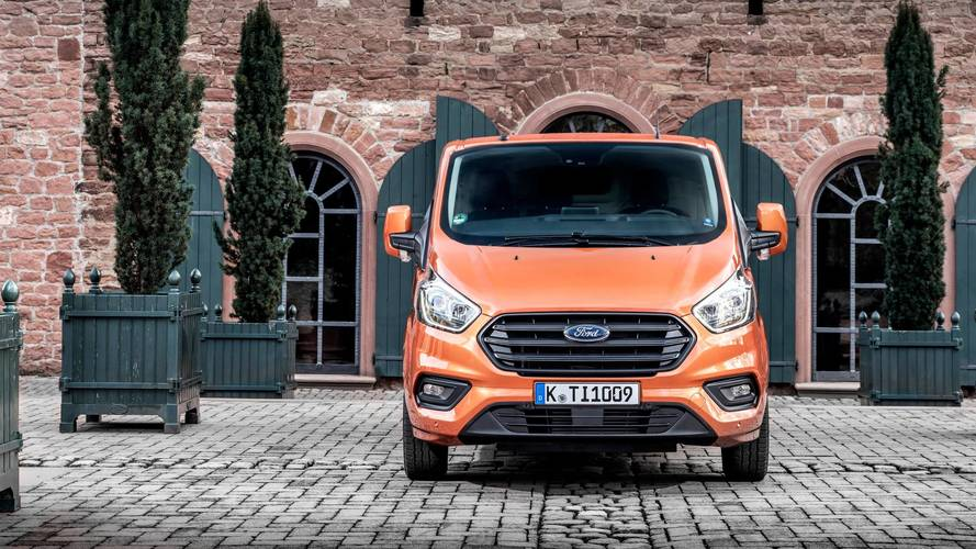 2017 Ford Transit Custom: Driving an icon
