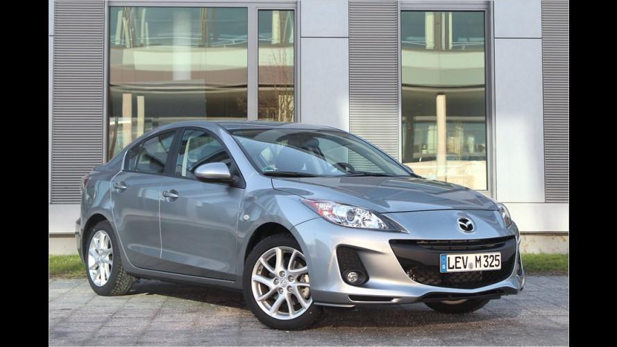 Mazda mit Anhang
