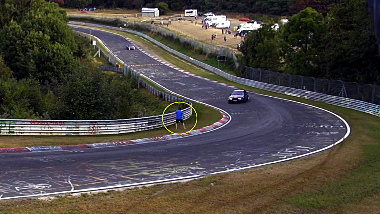 Nurburgring Good Samaritan