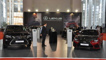 Lexus standı, 2016 İzmir Otoshow
