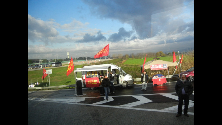 Fiom-Marchionne, match a Pomigliano