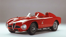 Alfa Romeo 8C Spider to race up Goodwood hill