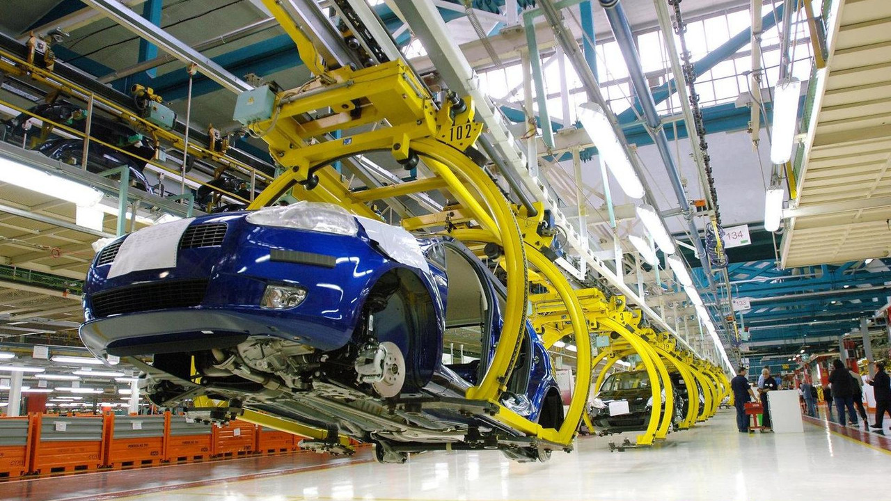 Fiat Grande Punto production at Stabilimento Mirafiori factory, Turin, Italy, 1600, 28.10.2010