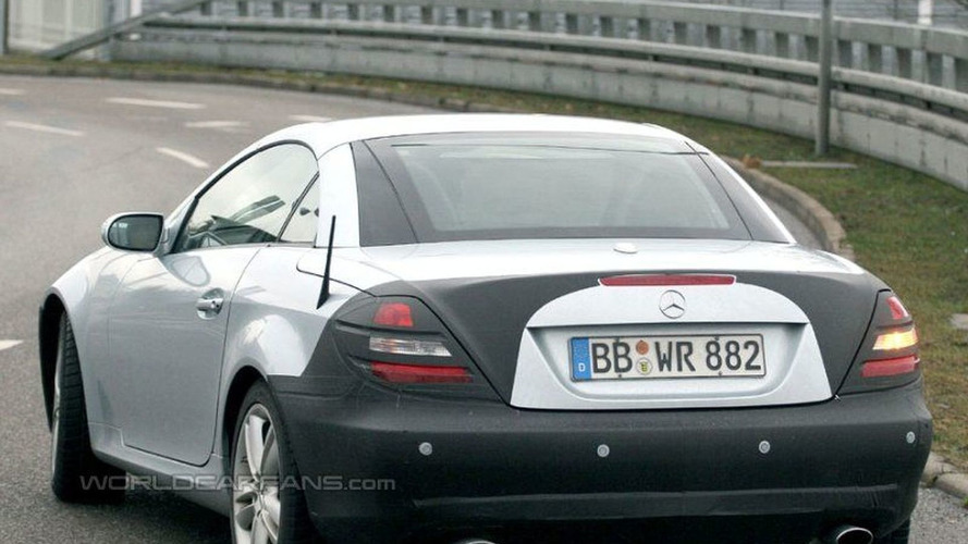 SPY PHOTOS: More Mercedes SLK Facelift