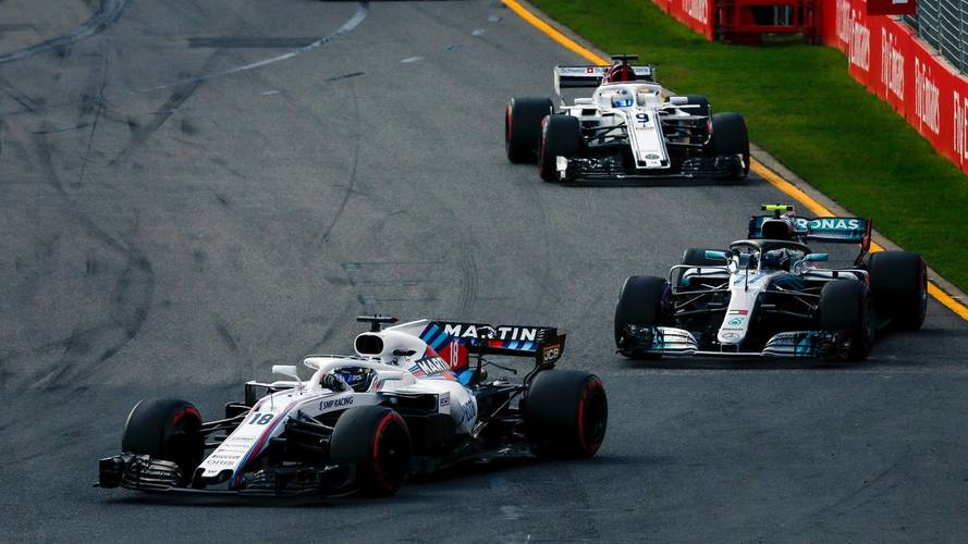 F1 opener prompts calls for Albert Park layout changes