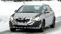 Opel Astra Spy Photo