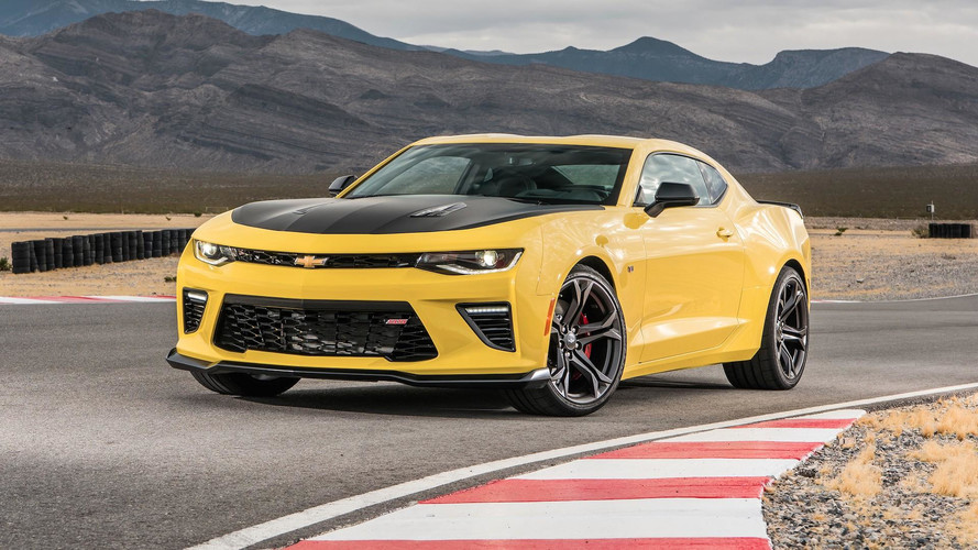 Chevrolet, Mustang GT'nin önünü kesmek için daha ucuz bir Camoro SS sunabilir