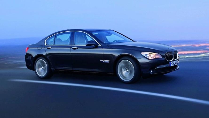 BMW 45,000 adet 7 Serisi sedanı geri çağıracak