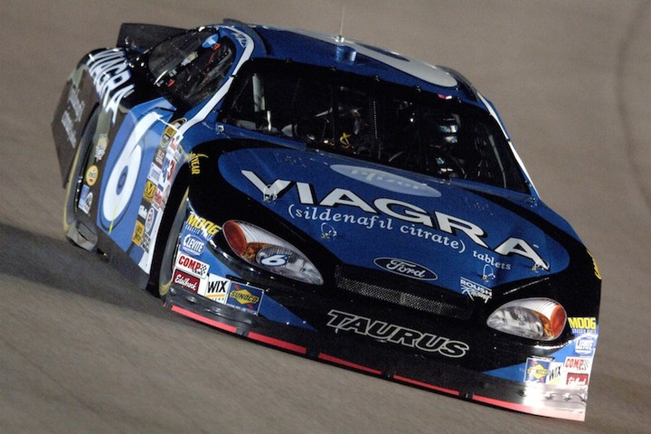 Bill Nye Wants NASCAR to Go Electric