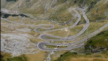 Documentário em vídeo: as melhores estradas para dirigir na Europa