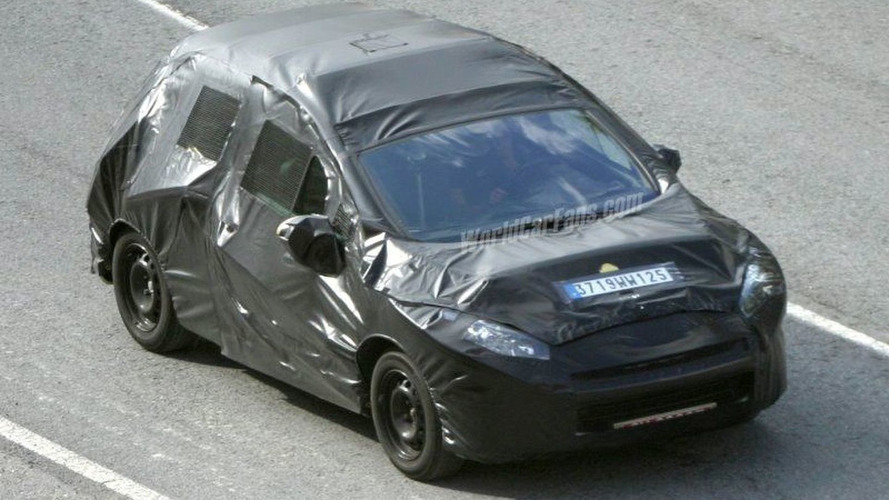 SPY PHOTOS: All New Peugeot 308