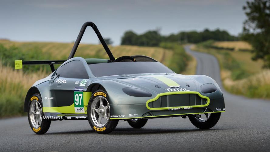 İşte Aston Martin'in motorsuz yarış aracı